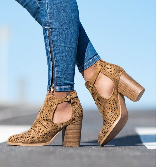 Sintra Camel Ankle Boots