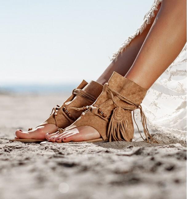 Manadu Camel Sandals Boots