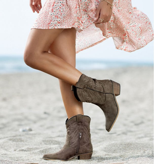 Beverly Boots Taupe