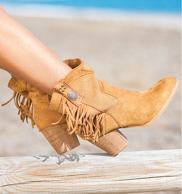 Marinca Camel Country Boots