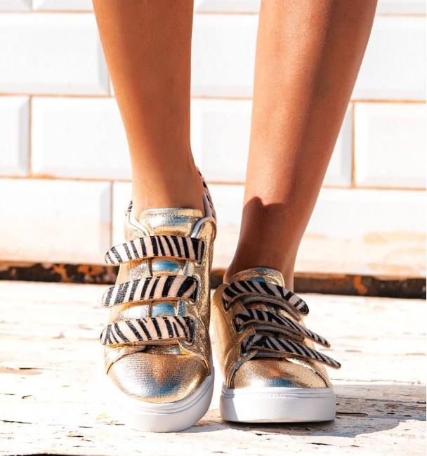 Onsi Gold Sneakers