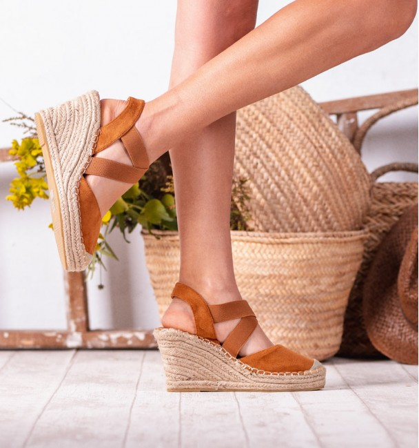 Camel Argos Wedges