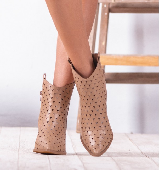 Retto Camel Ankle Boots