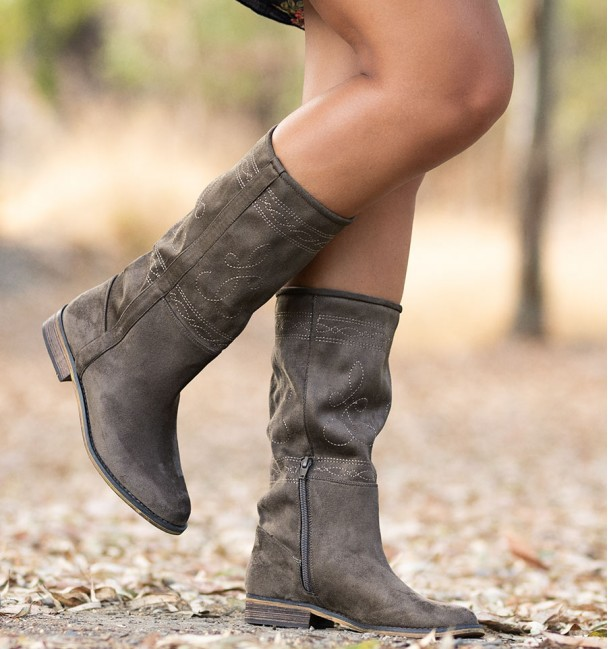 Brown taupe country boot bogart with embroidery
