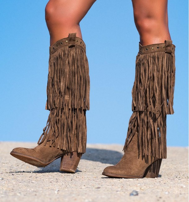 BOOTS INDIAN CAMEL