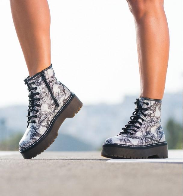 Boots Alexander Snake