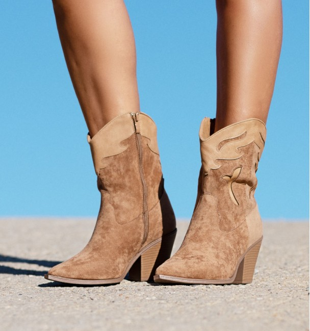 Khaki Boots Wisconsin