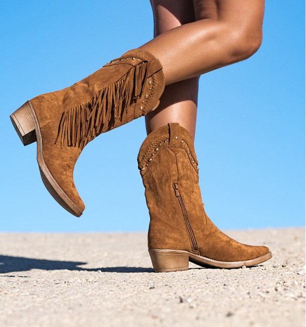 Camel Color Boots Oasys