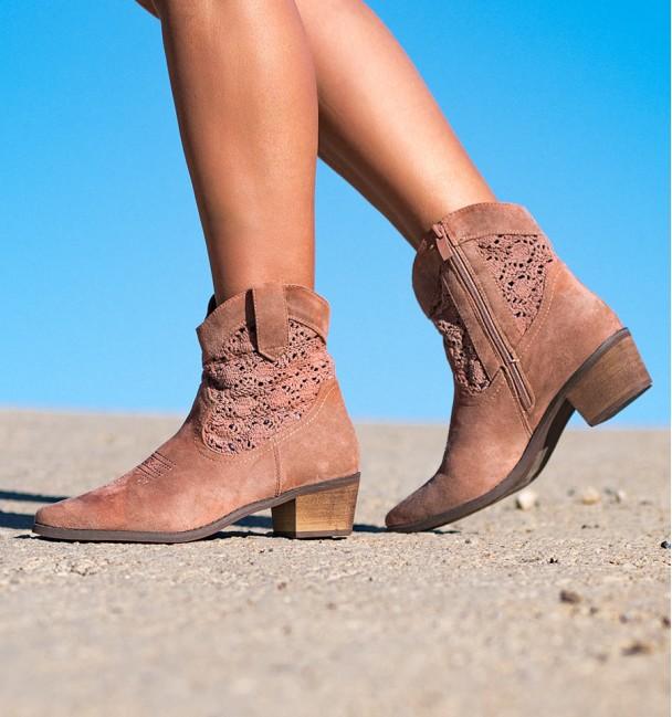 Palau Pink Woman Boots