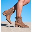 Palau Camel Boots